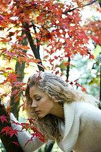 Herbst Portrait einer jungen Frau