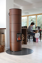 Kamin in einer Wohnküche
