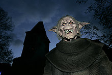 Zum Halloween ein Monster auf der Burg Frankenstein, Hessen, Deutschland.