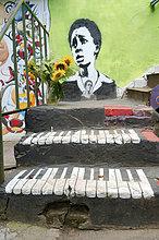 Bunt bemalter Hinterhof, Odessa, Ukraine, Osteuropa