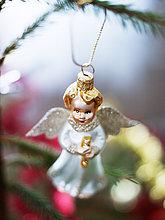 Angel geformte Weihnachtskugel, close-up