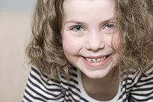 Portrait ,Fröhlichkeit ,5-9 Jahre, 5 bis 9 Jahre ,Mädchen