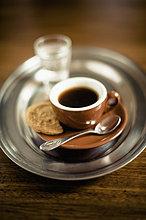 Wasser,Glas,schwarz,Kaffee,Keks,Espresso