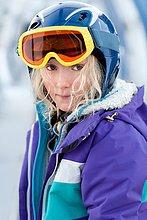 Portrait ,Skianzug ,Mädchen