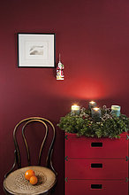 Wand,rot,Blumenkranz,Kranz,Kommode,Advent