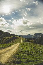 folgen,wandern,Berggipfel,Gipfel,Spitze,Spitzen,Österreich,Tirol
