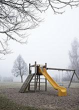 Nebel,Spielplatz,Herbst,Österreich