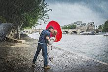 Form,Formen,Europäer,Regenschirm,Schirm,küssen,unterhalb,herzförmig,Herz