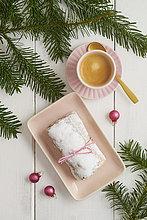 Tasse,Kaffee,Christstollen,Marzipan