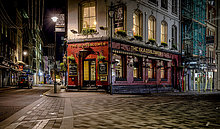 UK, London, Pub bei Glasshouse Street bei Nacht