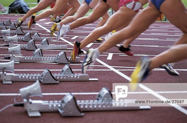 Spur niedrig Anschnitt Läufer Ansicht verlassen Start Spur,niedrig,Anschnitt,Läufer,Ansicht,verlassen,Start
