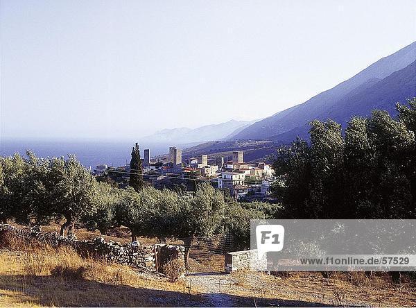 Erhöhte Ansicht einer Stadt  Peloponnes  Griechenland