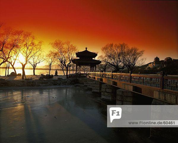 China  Pavillon der Wahrnehmung der Feder im Sommer Palast