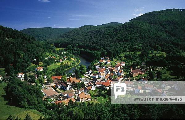 hoch oben Wald Dorf Ansicht Flachwinkelansicht Winkel Deutschland