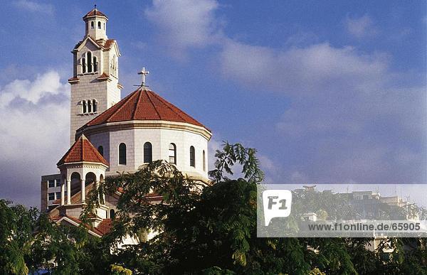 Hohe Schnittansicht der Kirche  Beirut  Libanon