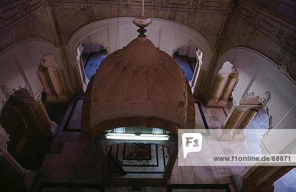 Interieur der Zimmer mit Ranjit Singh Grab  Lahore  Pakistan