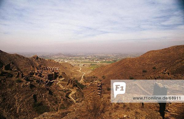 Die Ruinen auf Berg mit Blick auf Tal  Peshawar  Pakistan