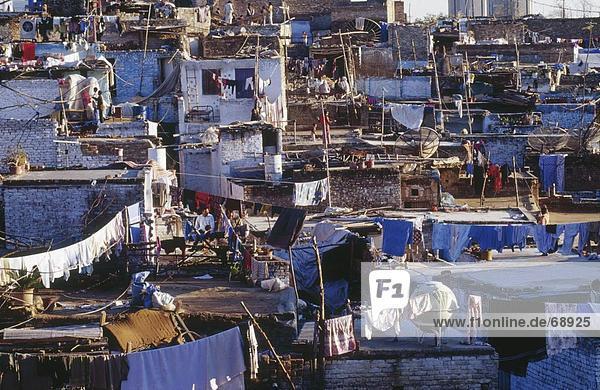 Islamabad Hauptstadt Dach Kleidung trocknen Gebäude Ansicht Luftbild Fernsehantenne Pakistan