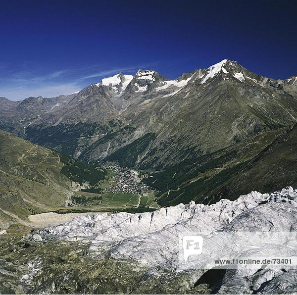 10499900  Landschaft  Gebirge  Feegletscher  Saas Fee  Tal  Überblick  Wallis  Schweiz  Europa