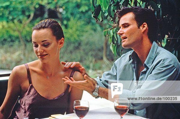 Couple. Restaurant. Argument