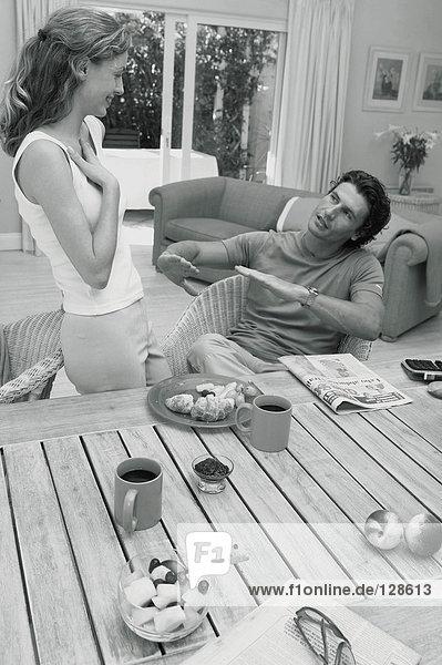 Paar beim Frühstück