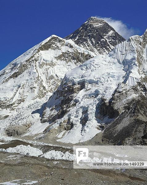 Schneebedeckten Gebirgszug  Mt. Everest  Khumbu  Himalaya  Nepal