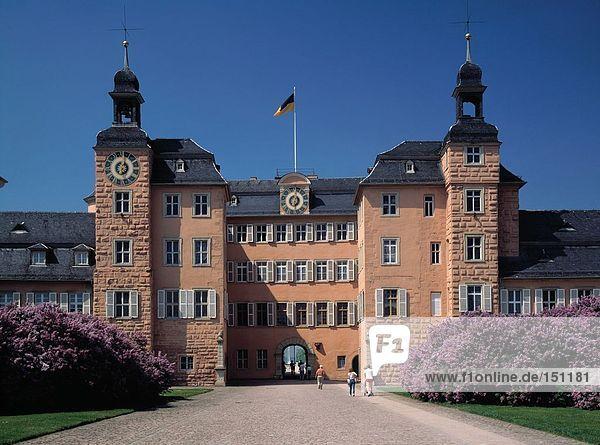 Tourists in front of castle  Schwetzingen  Germany