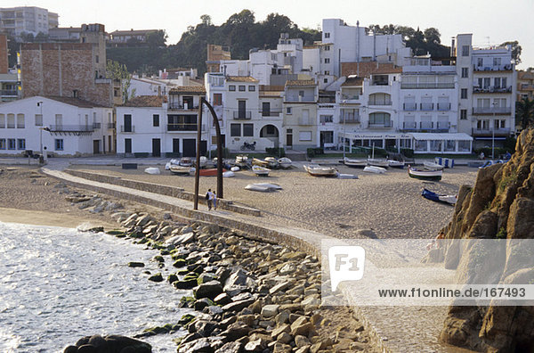 Spain  Catalonia  Costa Brava  Blanes  Sant Andreu de la Palomera  couple walking