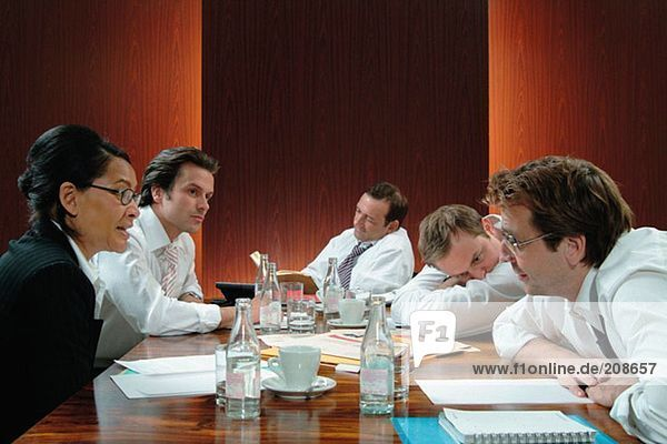 Sitzung im Sitzungssaal