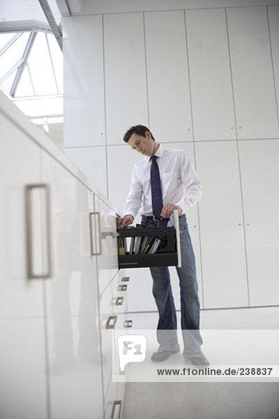 Büroberuf suchen durch Dateien im Fach