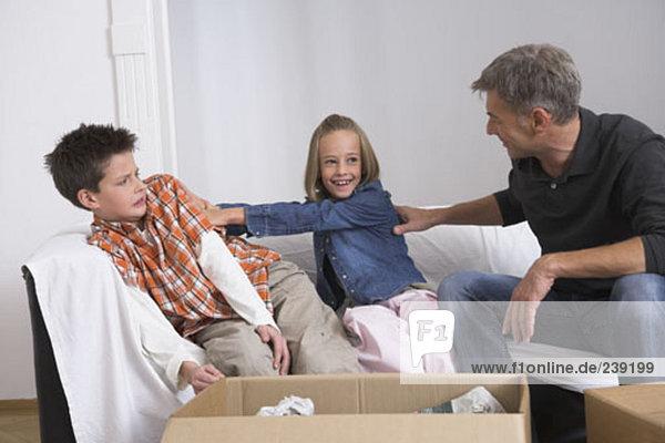 verpacken umziehen in ein neues Zuhause