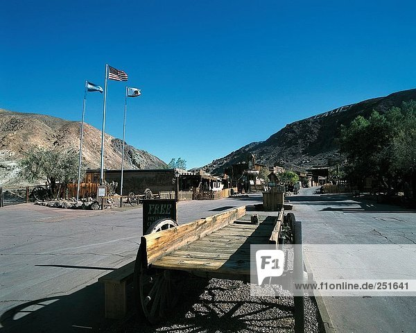 10321569  view  Calico  California  California  former mine  California  ghost town  Ghost Town  wooden car  USA  America  Nor