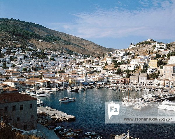 10131817  boats  Greece  harbour  port  houses  homes  hydra  islands  isles  ships  overview