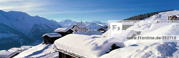 Panorama Europa Berg Wohnhaus Gebäude Bettmeralp Kapelle Schweiz Kanton Wallis