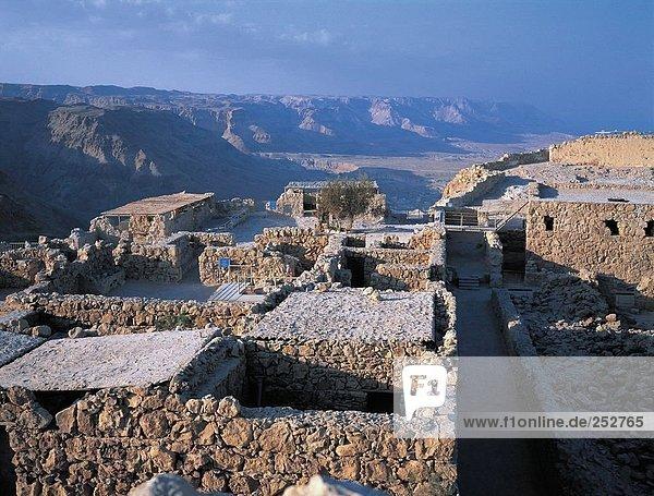 Gebäude Steilküste Ruine