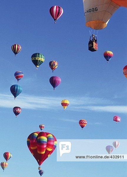 Aktivität,Attraktivität,Außenaufnahme,Ballonsport,Bewegung
