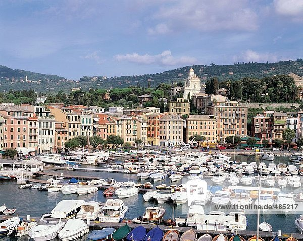 10434735  boat harbour  houses  homes  hills  Italy  Europe  church  Ligure  Riviera di Levante  Santa Margherita