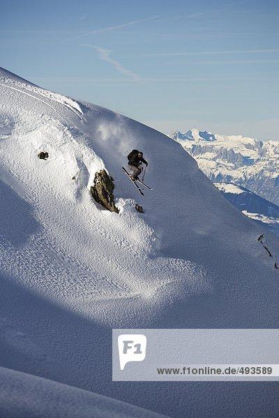 Alpen  Skisport  Skiabfahrt  Abfahrt