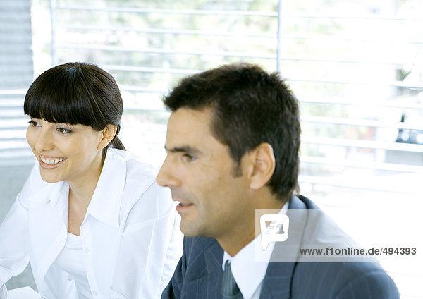 Zwei Geschäftsleute im Meeting