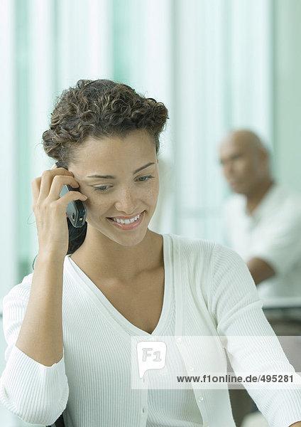 Frau mit Handy Frau mit Handy