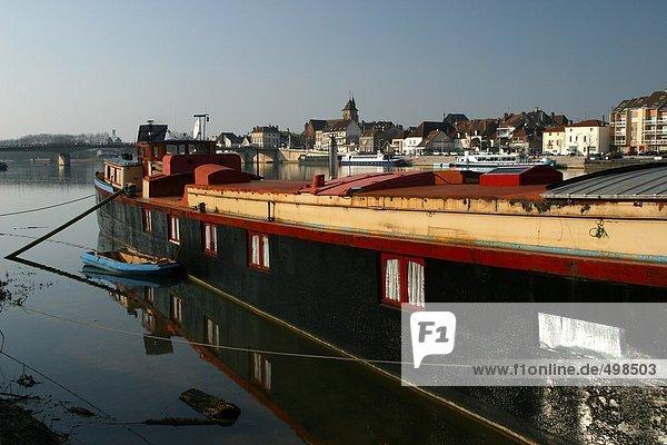 France  Cote-d'Or  Saint-Jean-de-Losne  barge on the river Saone