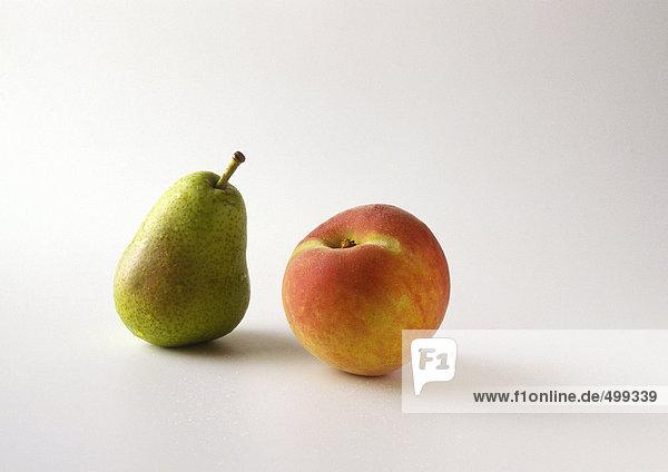Pfirsich und Birne