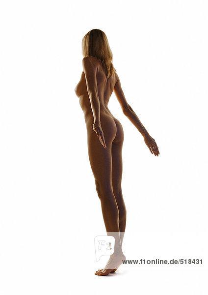 Nackte Frau stehend mit Armlehne  volle Länge