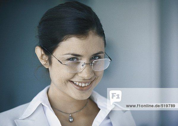 Frau mit Brille  Portrait