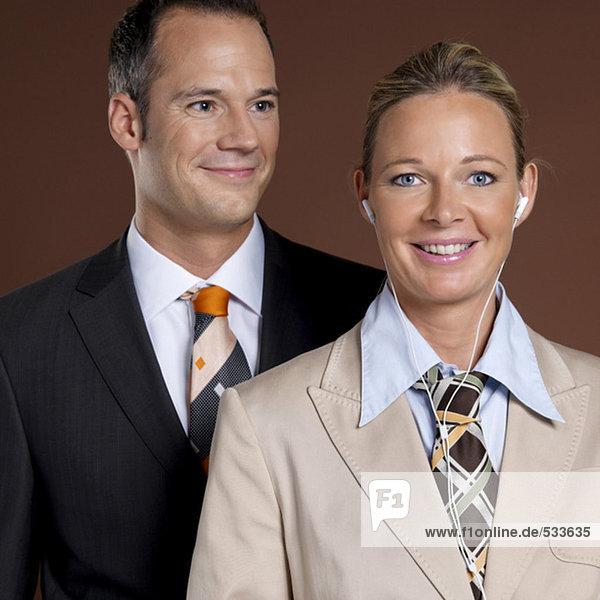 Geschäftsmann und Geschäftsfrau  Portrait