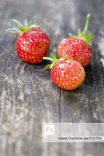 Drei Erdbeeren  Nahaufnahme