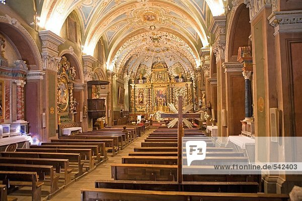 Innere der Kirche  Valloire  Savoie  Rhône-Alpes  Frankreich