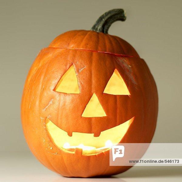 Beleuchteter Halloweenkürbis
