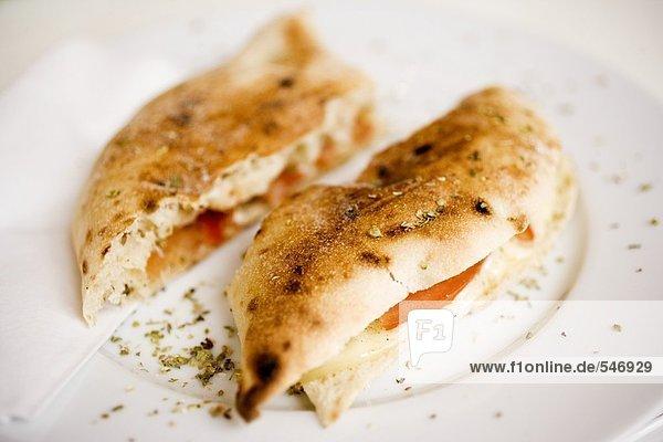 Tomaten-Käse-Fladen
