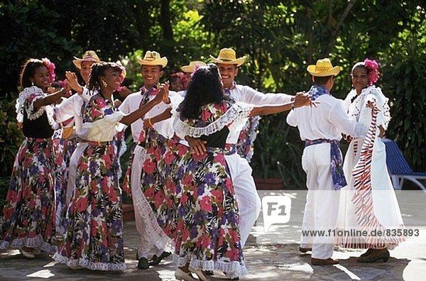 Tanzgruppe. Dominikanische Republik